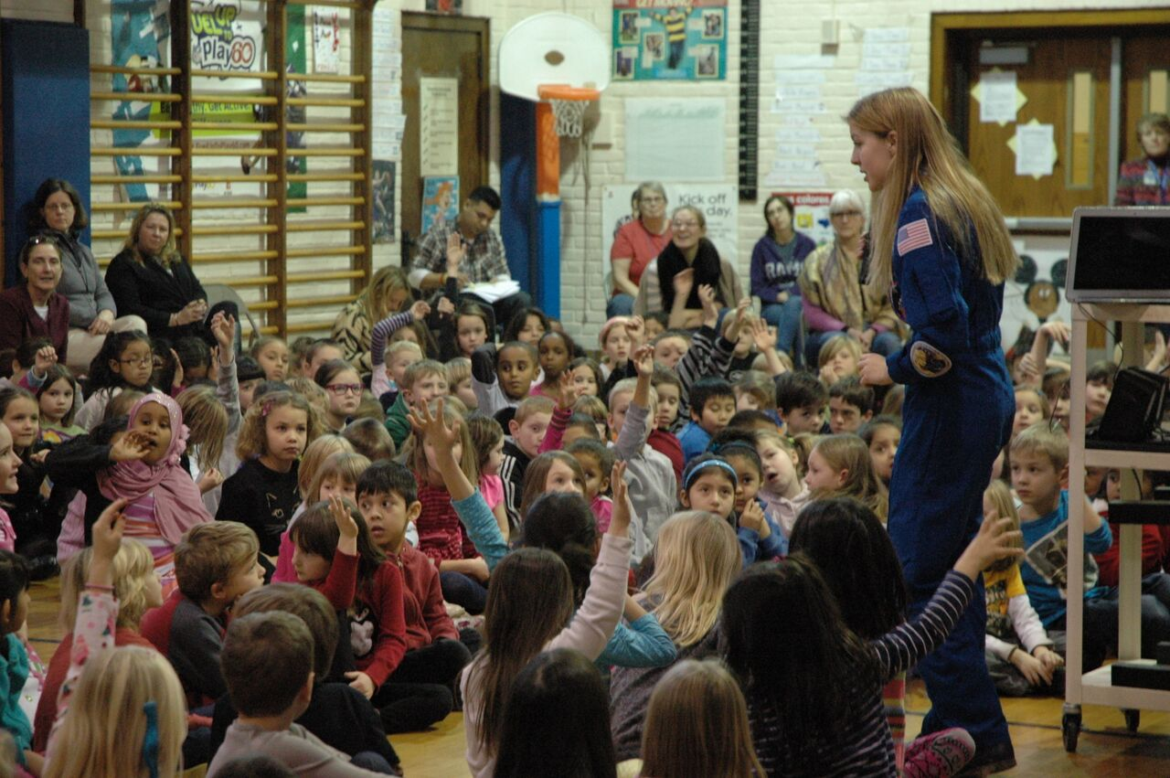 astronaut-abby-speaking